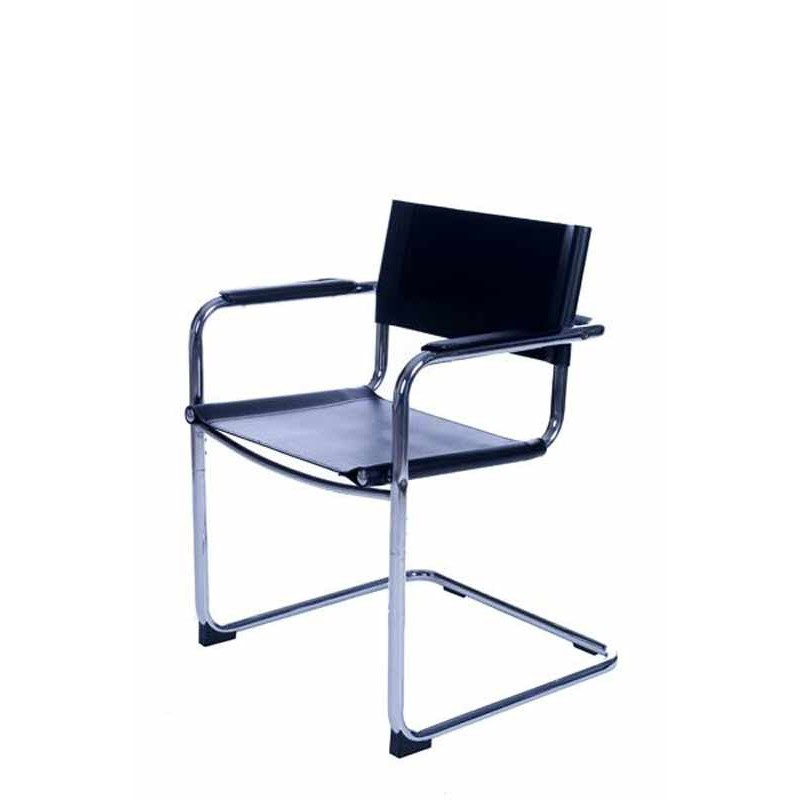 Chaise de bureau design noire for Chaises de bureau but